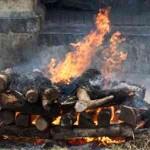 RP_hindu-cremation